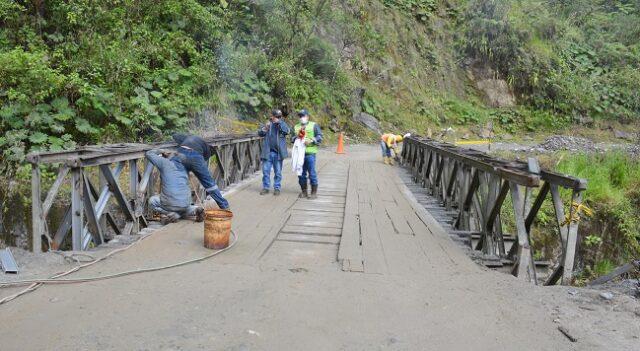 Las funciones que realiza el personal de soldadores del Gobierno Provincial son con la suelda autógena y eléctrica.