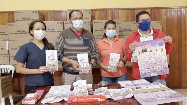 La donación de kits de higiene bucal que incluyen también materiales educomunicacionales