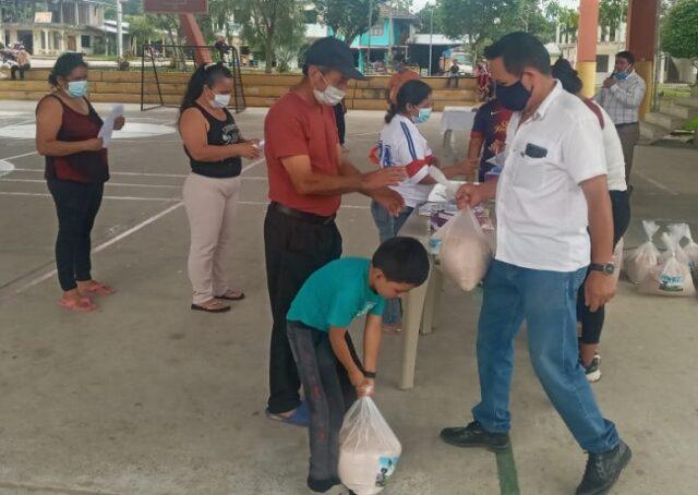 Recibieron sales minerales, semillas de maíz, plátano y fréjol