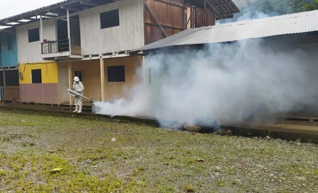Alrededor de 200 familias se benefician de la segunda fase de la campaña de fumigación